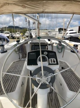 1994 JEANNEAU Sun Odyssey Cruising Sailboat 2504983