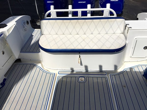 2006 FOUNTAIN 38 TE Center Console 2505014