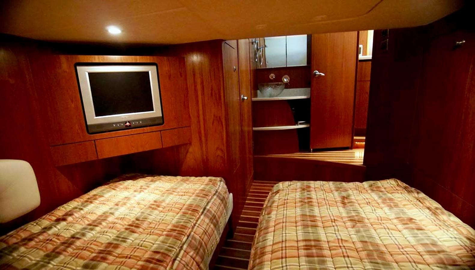 2007 TIARA 4300 Sovran Cruiser 2506180