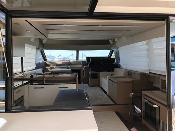 2018 Jeanneau Prestige  Cruiser 2508233