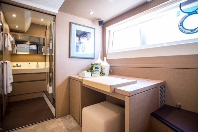 2018 Jeanneau Prestige  Cruiser 2508240