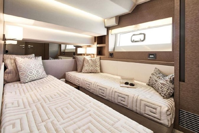 2018 Jeanneau Prestige  Cruiser 2508243