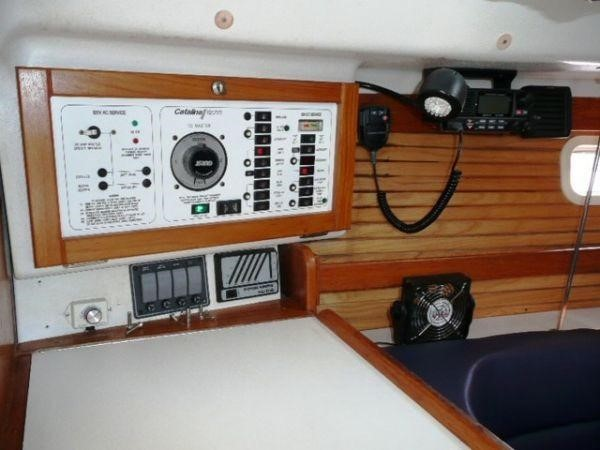 1996 CATALINA 28 MkII Sloop 2508782
