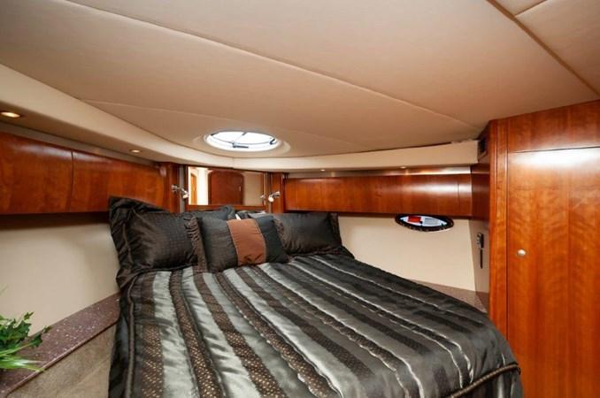 2006 47 Cruisers Master SR 2006 Cruisers Yachts 47 Sports Sedan Motor Yacht 2509807