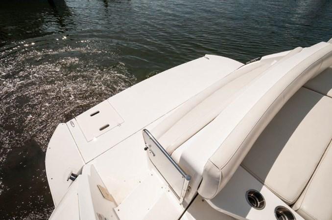 2006 47 Cruisers Swim Platform 2006 Cruisers Yachts 47 Sports Sedan Motor Yacht 2509831