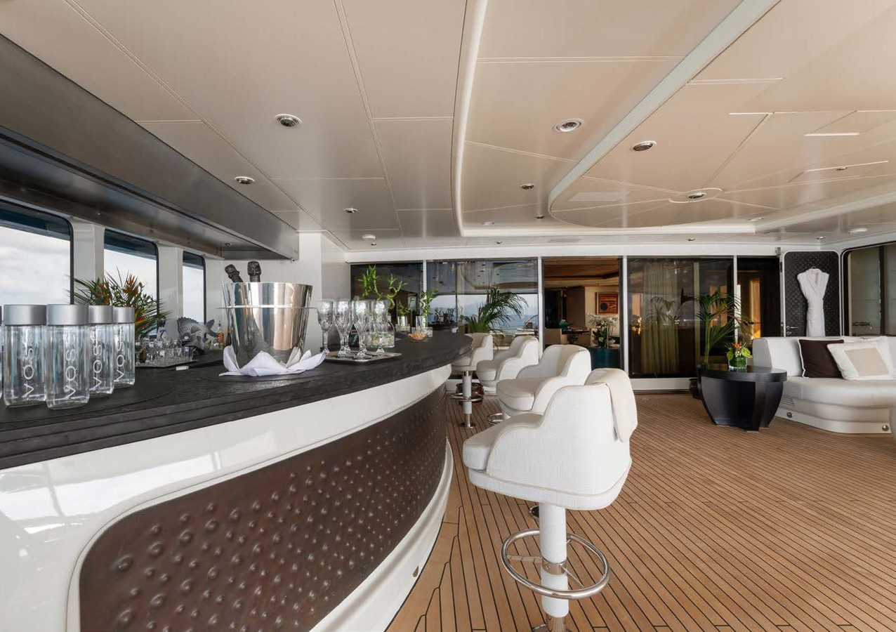 2010 OCEANCO  Motor Yacht 2511101
