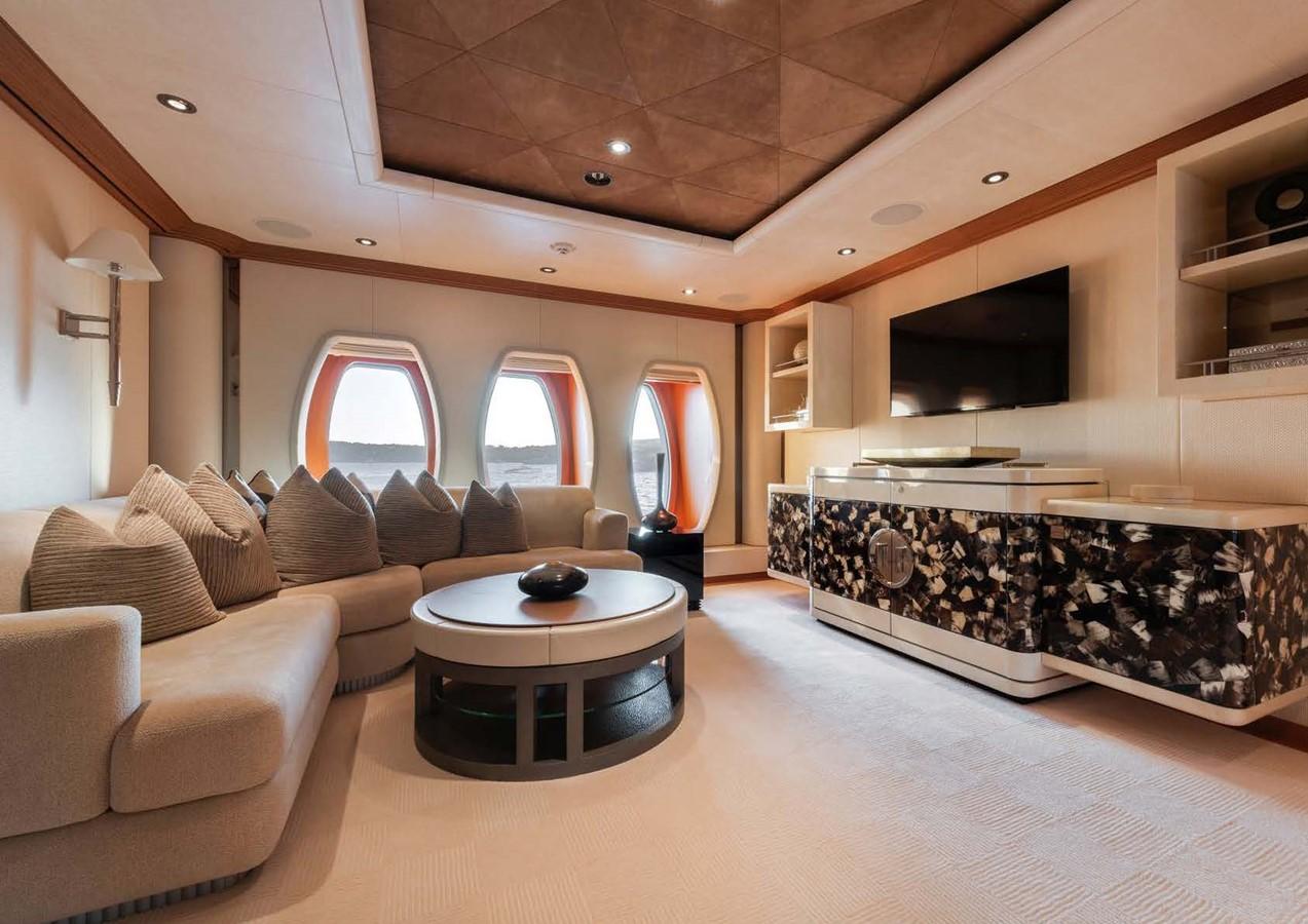 2010 OCEANCO  Motor Yacht 2511116
