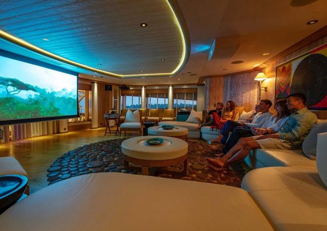 2010 OCEANCO  Motor Yacht 2511138