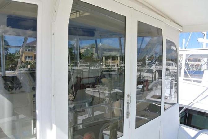 1998 Ocean Yachts Enclosed Bridge Sport Fisherman 2510623