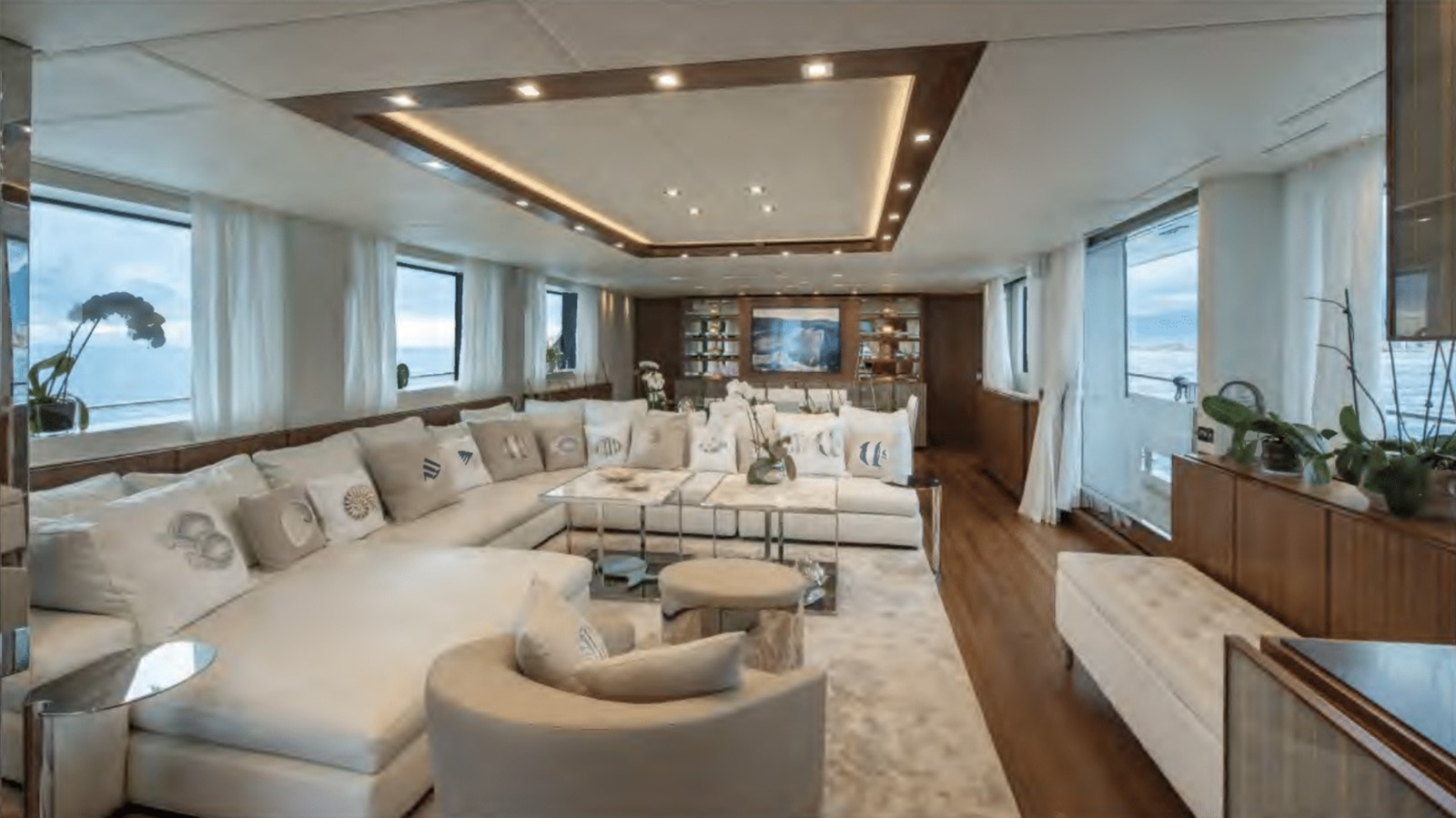 TOUTE SWEET yacht for sale