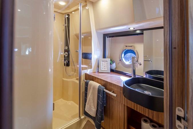 Azimut 40L 2019 AZIMUT  Motor Yacht 2724187