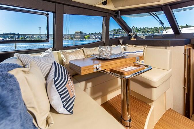 Azimut 33L 2019 AZIMUT  Motor Yacht 2724210