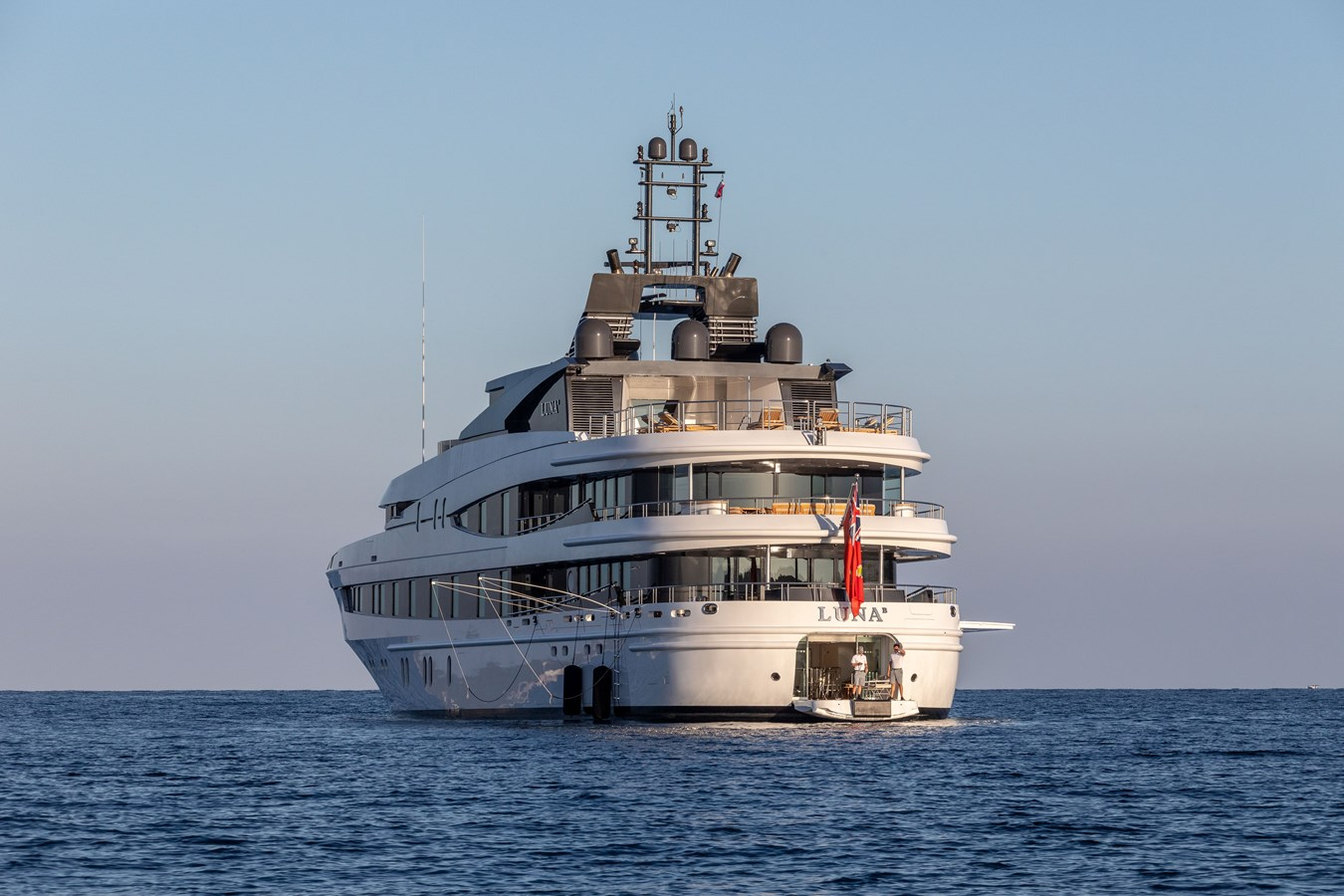 Luna B 2005 OCEANCO  Motor Yacht 2741201