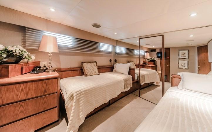 1991 BROWARD  Mega Yacht 2512817