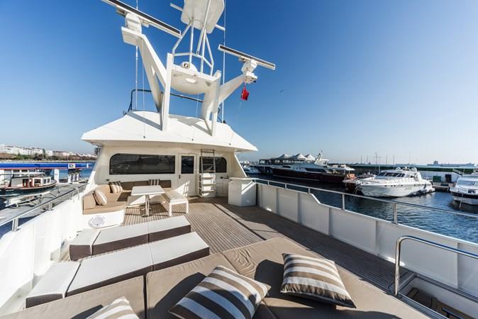 1991 BROWARD  Mega Yacht 2512823