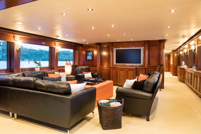 Main Salon 2007 RICHMOND YACHTS Tri-Deck M/Y Motor Yacht 2514666