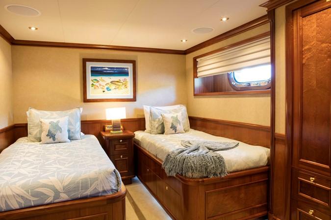 Guest Stateroom 2007 RICHMOND YACHTS Tri-Deck M/Y Motor Yacht 2514681