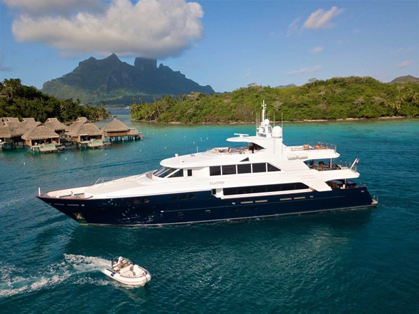 Port Profile 2007 RICHMOND YACHTS Tri-Deck M/Y Motor Yacht 2514710
