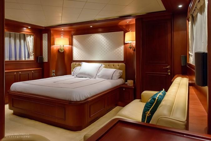 2001 CUSTOM LINE Navetta 30 Motor Yacht 2515589