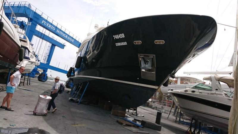 2001 CUSTOM LINE Navetta 30 Motor Yacht 2515741