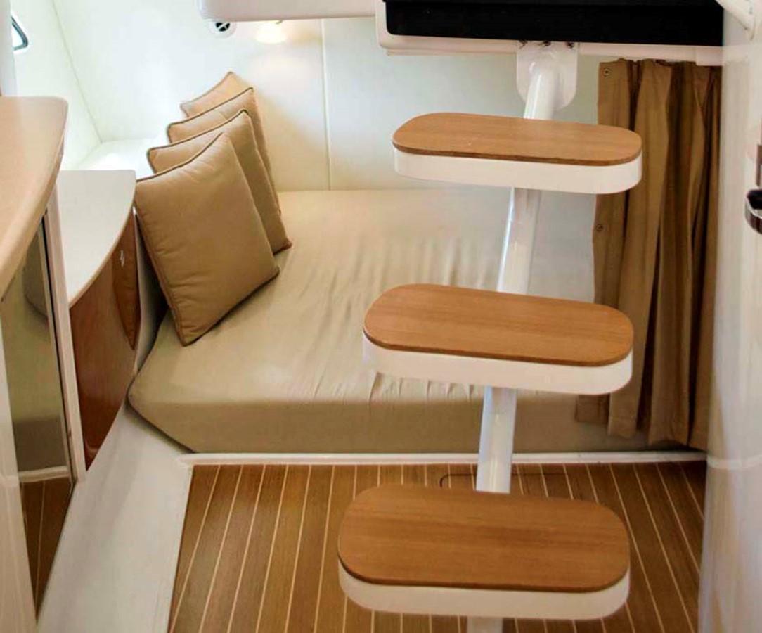 Mid Berth 2016 INTREPID 400 Cuddy Cruiser 2515794