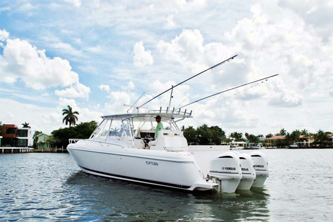 Port Profile 2016 INTREPID 400 Cuddy Cruiser 2515779