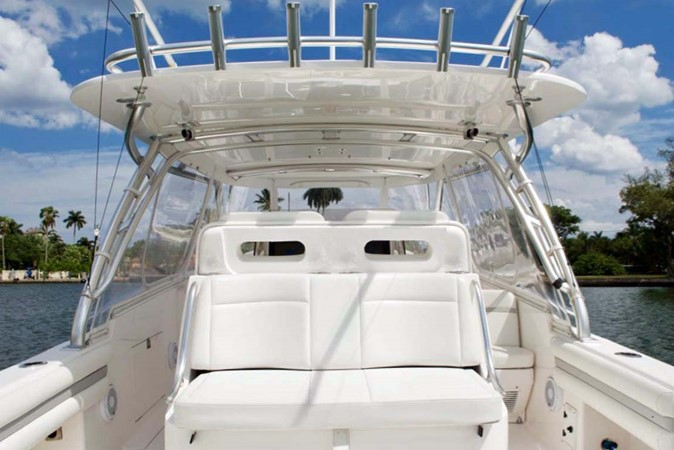 Aft Facing Seats 2016 INTREPID 400 Cuddy Cruiser 2515788