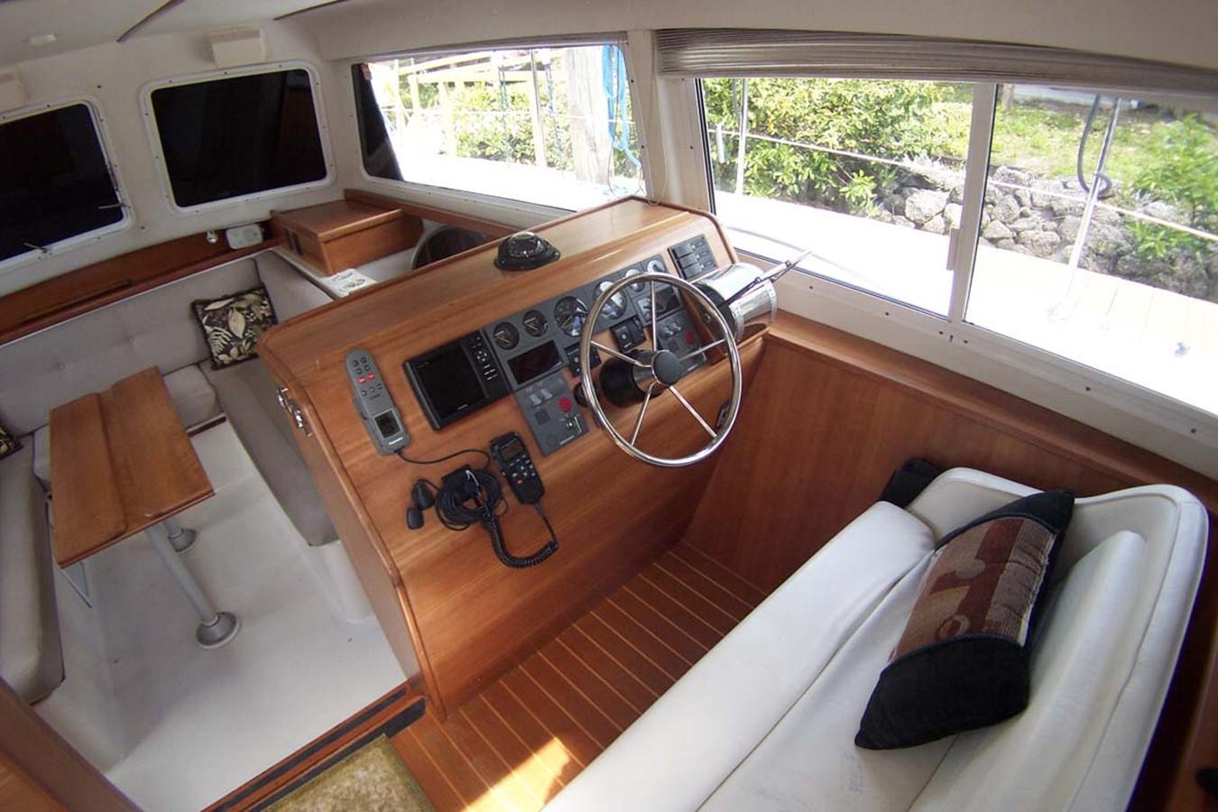 2003 PDQ MV 34 Catamaran 2516010