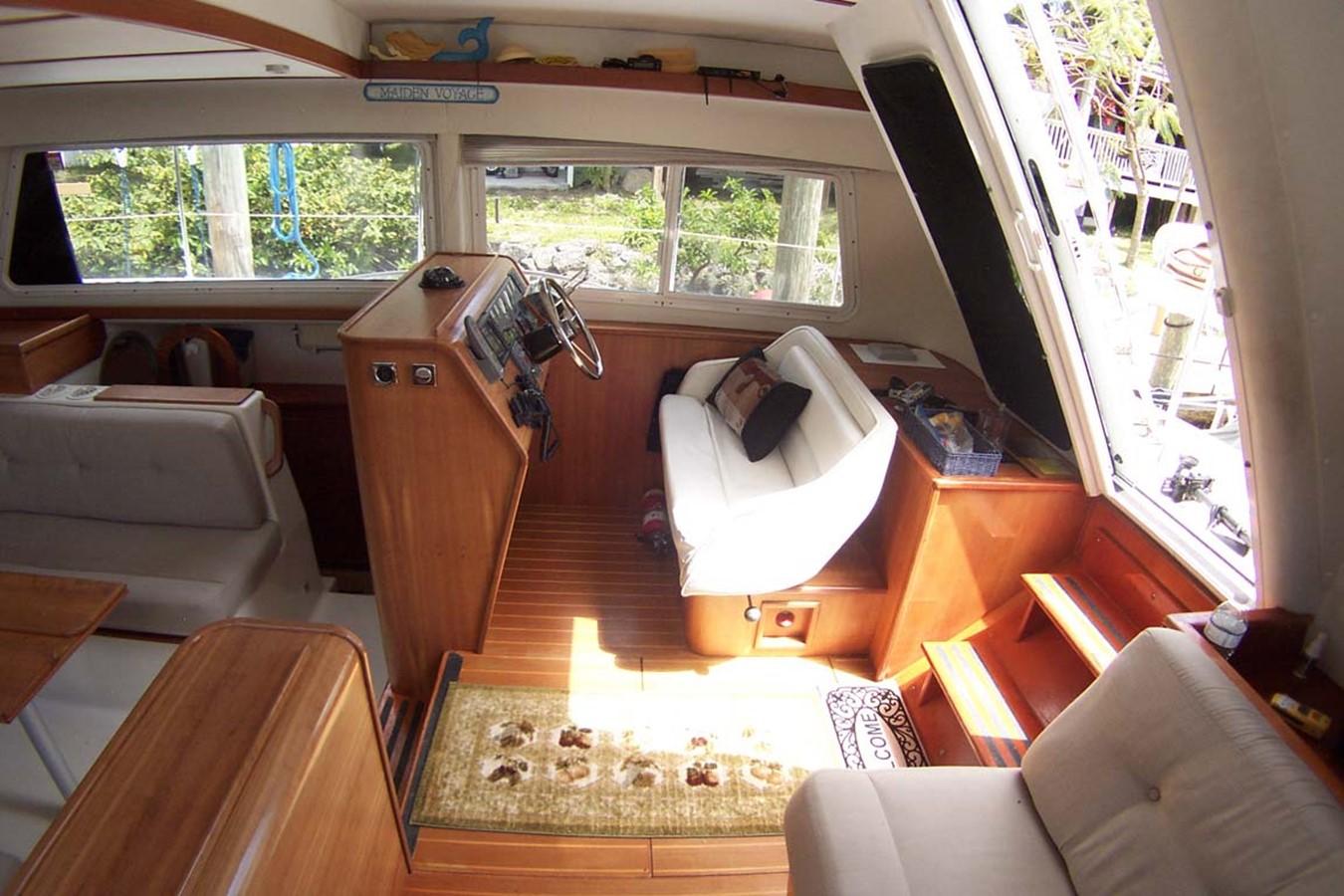 2003 PDQ MV 34 Catamaran 2516011
