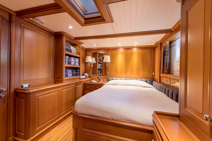 Queen Guest Stateroom 1998 ALLOY Sailing Ketch Cruising Ketch 2516600