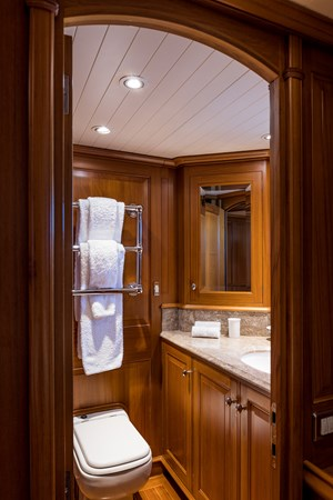 Guest Bath 1998 ALLOY Sailing Ketch Cruising Ketch 2516602