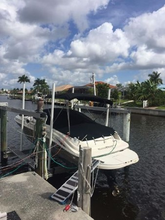2006 SEA RAY 240 Sundeck Deck Boat 2519536