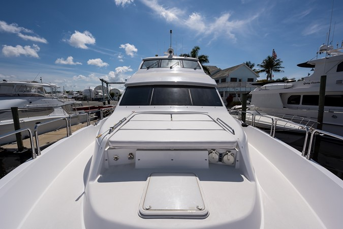 Bow Aft 2008 HATTERAS 72 Motor Yacht Motor Yacht 2539307