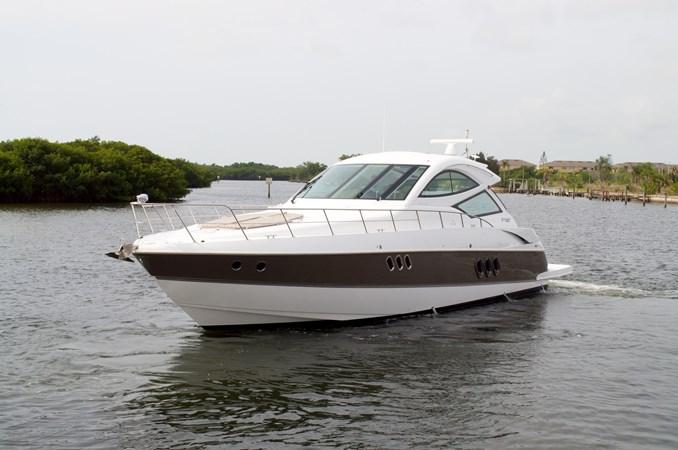 2014 54 Cruisers 2014 Cruisers Yachts 540 Coupe Cruiser 2520990