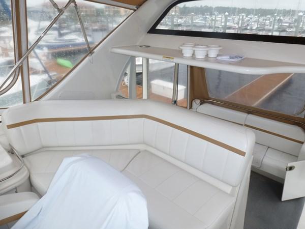 P1020909 2005 CARVER 36 Motoryacht Motor Yacht 2522925