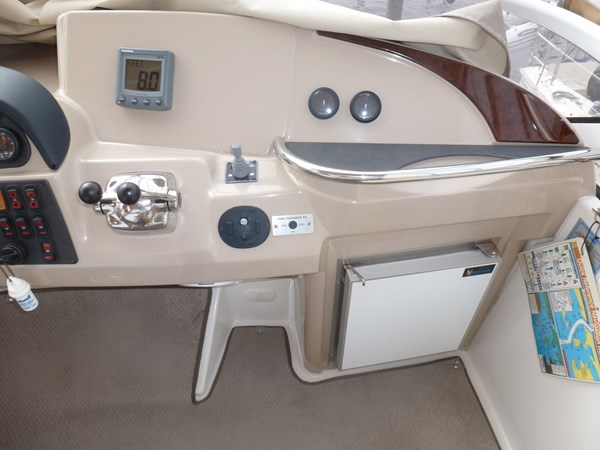 P1020914 2005 CARVER 36 Motoryacht Motor Yacht 2522929