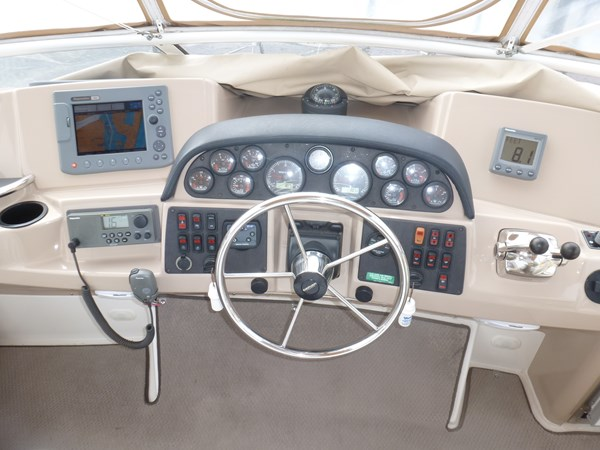 P1020915 2005 CARVER 36 Motoryacht Motor Yacht 2522930