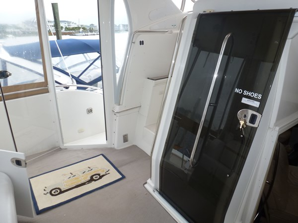 P1020921 2005 CARVER 36 Motoryacht Motor Yacht 2522935