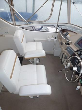 P1020924 2005 CARVER 36 Motoryacht Motor Yacht 2522938