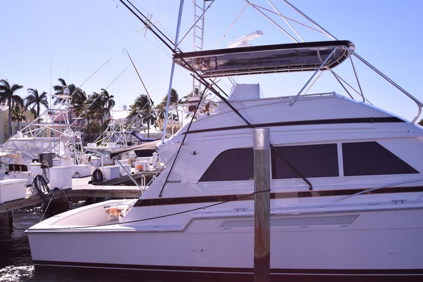 Profile at Dock 1998 BERTRAM 60 Convertible Sport Fisherman 2531920