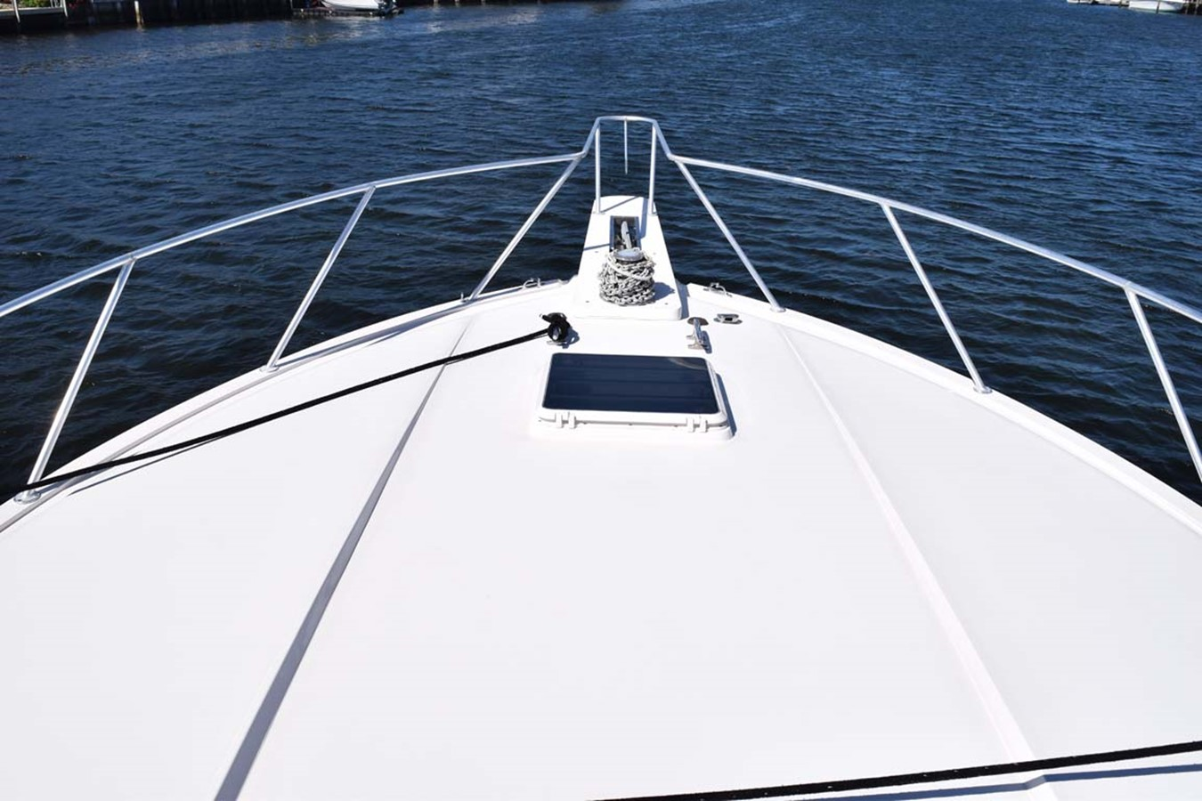 Bow Mid View 1998 BERTRAM 60 Convertible Sport Fisherman 2531930