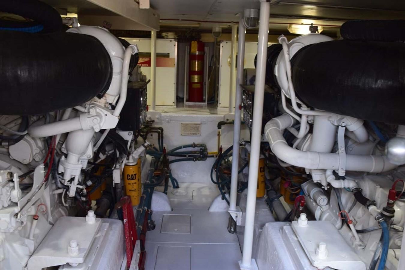 Engine Room 1998 BERTRAM 60 Convertible Sport Fisherman 2700111