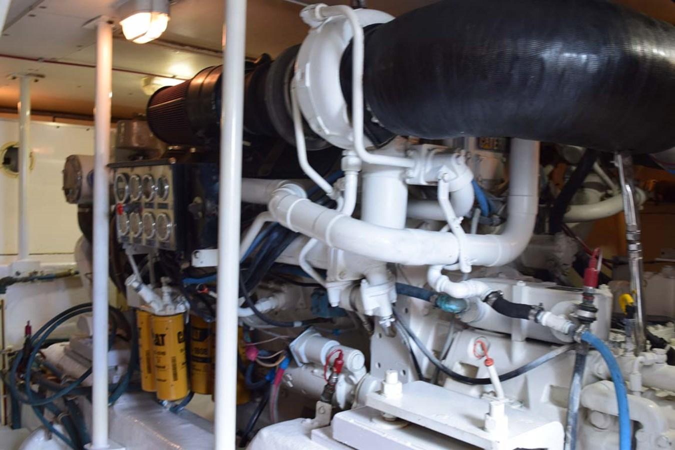 Engine Room 1998 BERTRAM 60 Convertible Sport Fisherman 2700127