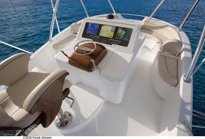 2020 VIKING Enclosed Bridge w/ Skybridge Sport Fisherman 2525009