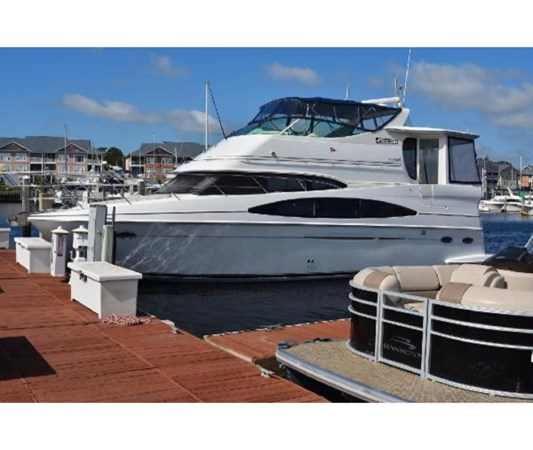Port Side 2001 CARVER 46 Motor Yacht Motor Yacht 2524683