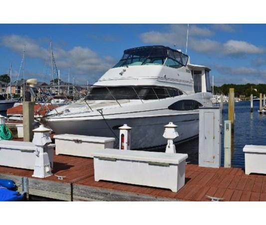 Port Bow 2001 CARVER 46 Motor Yacht Motor Yacht 2524684