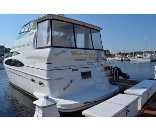 Stern 2001 CARVER 46 Motor Yacht Motor Yacht 2524686
