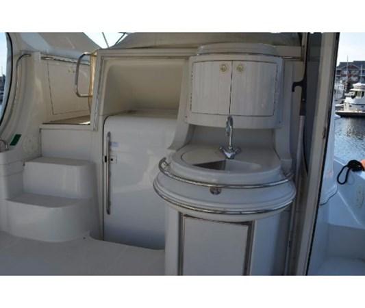 Aft Deck Wetbar 2001 CARVER 46 Motor Yacht Motor Yacht 2524694