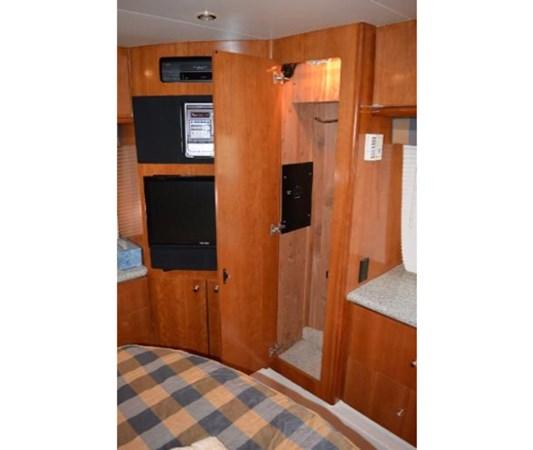 Master Locker 1 2001 CARVER 46 Motor Yacht Motor Yacht 2524729