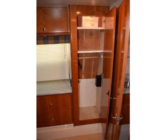 Master Locker 2 2001 CARVER 46 Motor Yacht Motor Yacht 2524730